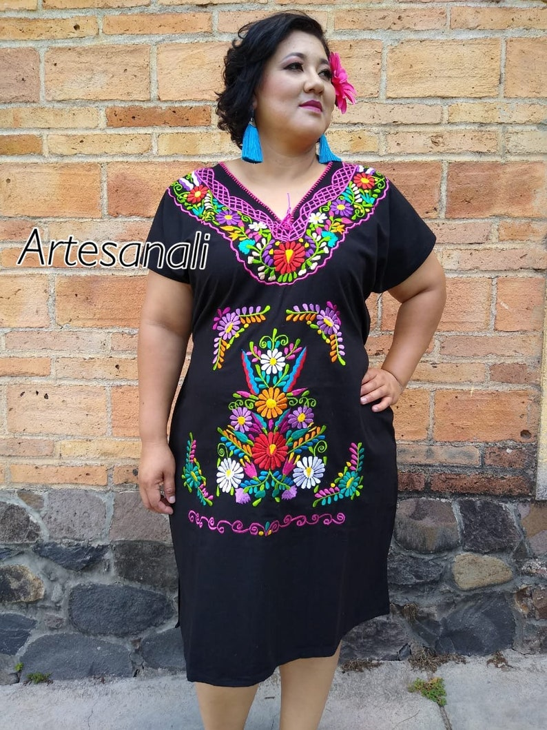 Mexican Embroidered Plus. Size Dress/ size - XL Mexican Dress/ Mexican  Floral