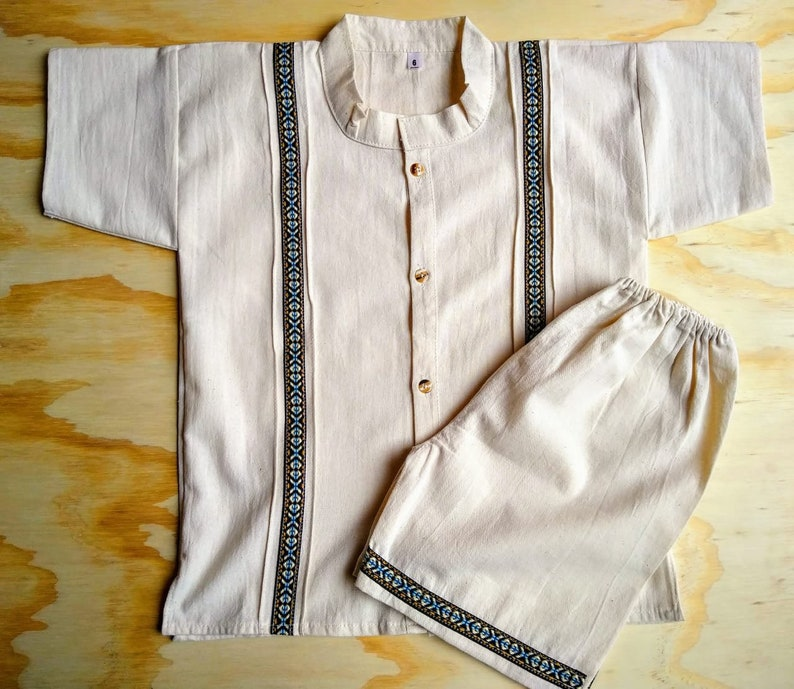 ee93ecfe92147 Size 4-5 years old boy Mexican outfit Mexican toddler boy Guayabera set  with shorts
