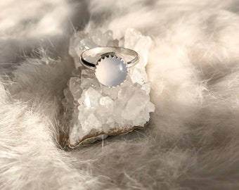 Lavender Chalcedony Ring Size 6 3/4
