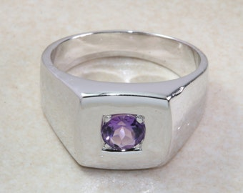 Sterling silver gents Amethyst set signet ring. Real round cut Amethyst. Perfect gift idea for any occasion