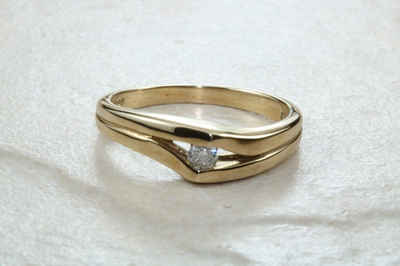9ct Yellow gold diamond set promise or engagement ring