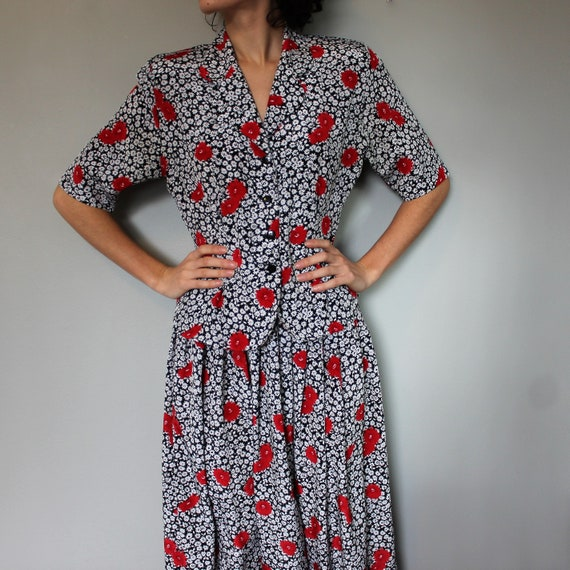 Vintage 1980s two piece set • Skirt and top • Flo… - image 2