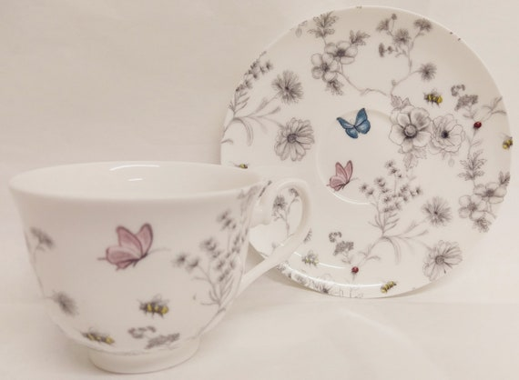 Secret Garden Tea Set for Two Fine Bone China Hand Decorated in the UK Flowers Butterflies and Bees Tea Set 1 Teapot 2 Cups /& 2 Saucer Free UK Delivery