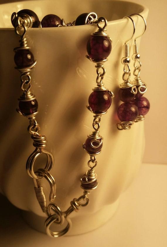 Purple Swirl Glass Beads 8 in. Bracelet, and Purple Drop Dangle Wire Earring Set