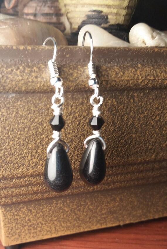 Black Briolette Drop Dangle Silver Wire Earrings