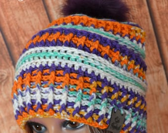 a59bbd19386 Crochet Pom Pom Hat