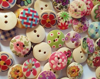 Floral wood 2 hole buttons