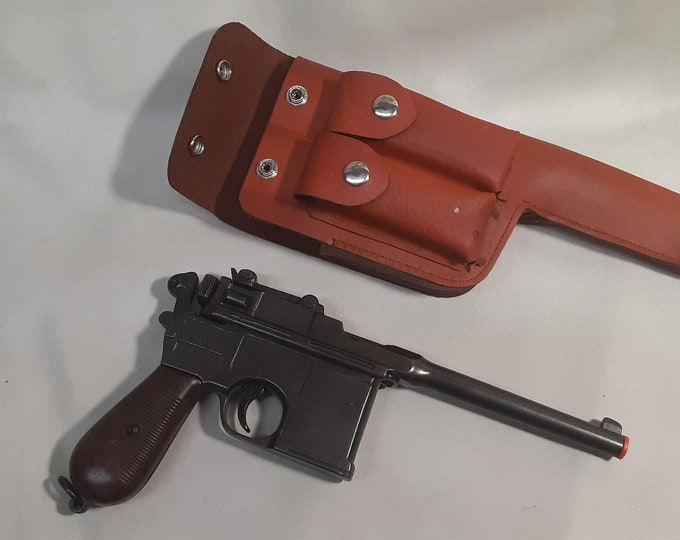 C 96 Broom Handle Mauser Non firing Replica with Holster