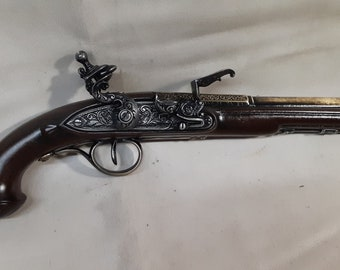 18th Century Non-Firing Aged Pirate's Flintlock Pistol Replica