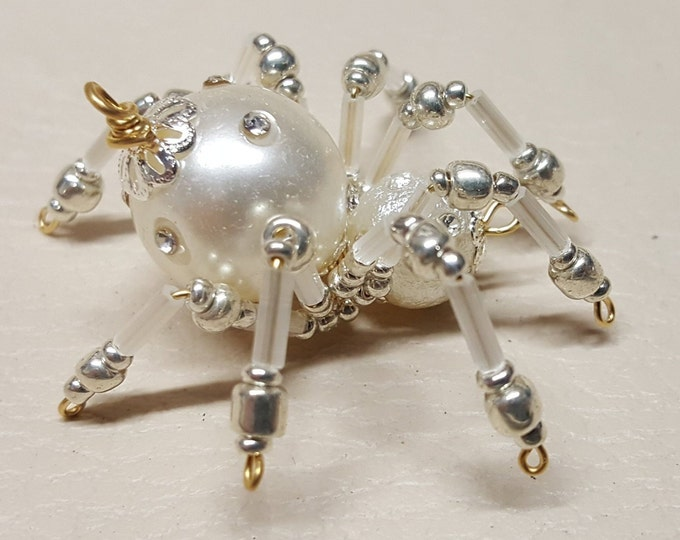 Small Steampunk Beaded Pearl Spider