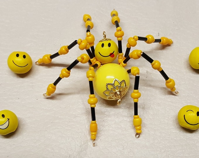 Smiley Face Emoji Beaded Yellow Spider