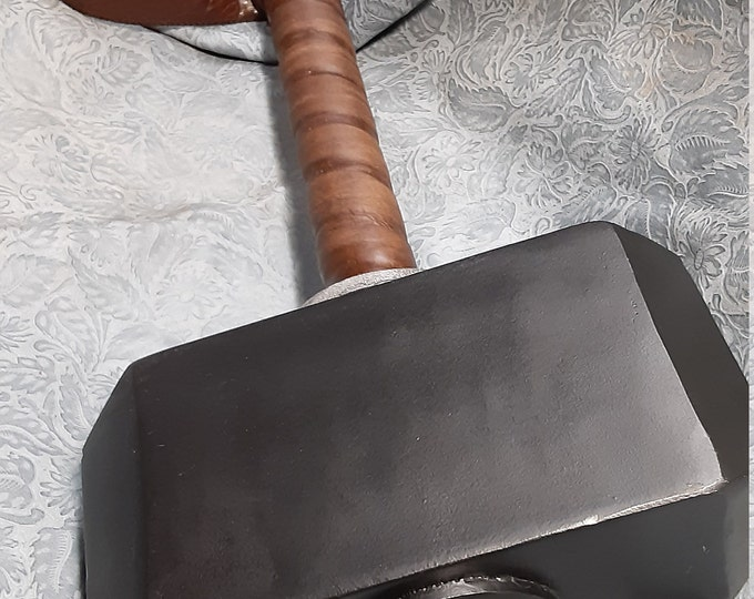 Mjolnir - Mythical Hammer of Thor with Black Powder Coated Head