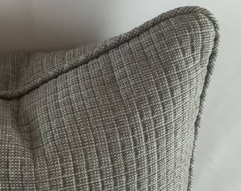 outdoor fabric, matlasse weave, check pattern self piped
