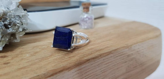 Gorgeous Natural Sapphire Ring Blue oval faceted crimped in silver 925 sterling Talilandesa Ring Adjustable