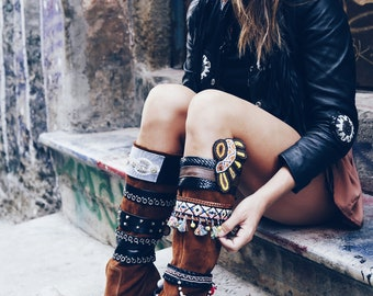 Bobobali boot with multiple belts
