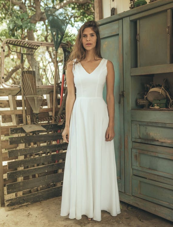 Simple wedding dress White wedding dress simple Simple boho | Etsy