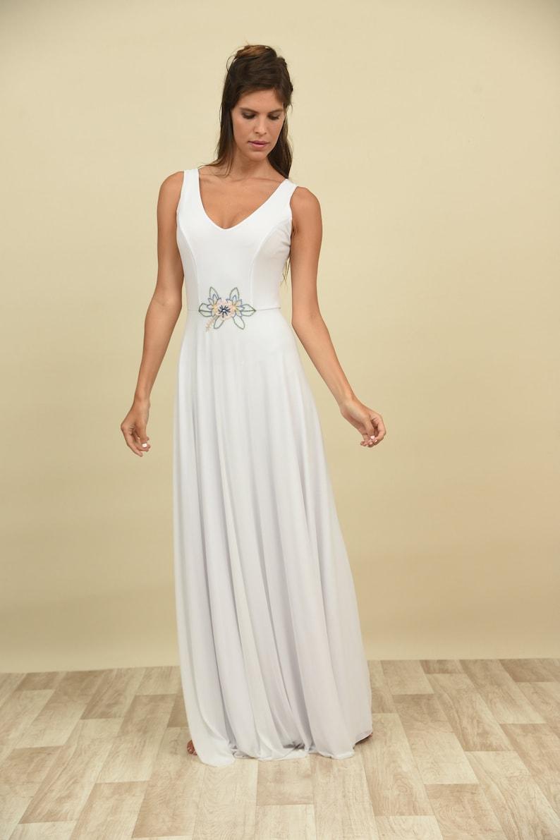 Hippie Wedding Dresses.Hippie Wedding Dress Bohemian Bride Chiffon Wedding Dress Embroidery Wedding Dress Boho Bridal Gown Moonflower Belt Flower
