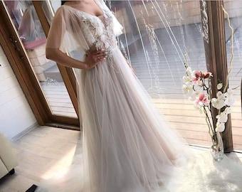 8993725011b INSTOCK Modern Boho 3D Flower Tulle Lace Applique Wedding dress 2018 2019.  Custom made boho plus Size Party Train.Real photo!A-line V cutout