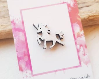 Unicorn brooch unicorn badge. Unicorn jewellery silver unicorn accessory mythical unicorn magic unicorn. Unicorn gifts. Unicorns are real