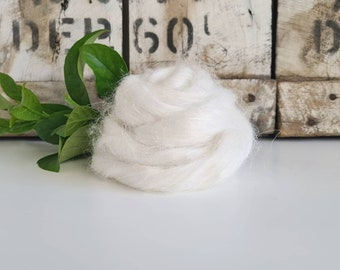 50g of Wild Giant Himalayan Stinging Nettle Tops /Roving || Natural White || DHG Italy
