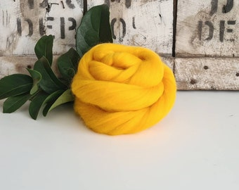50g of Extra Fine Merino Wool Tops/Wool Roving    Yolk    From DHG Shop Italy