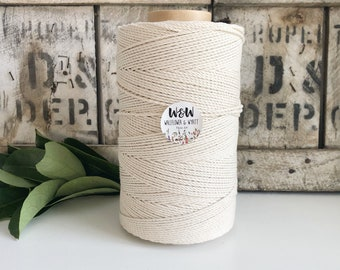 2.5mm Macrame Rope    Natural    4 Ply rope