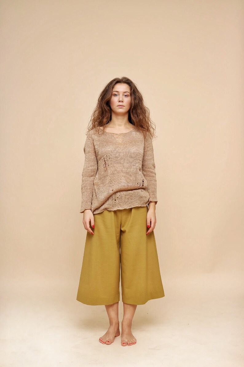 61638161899 Beige silk blouse loose knit sweater vintage style peasant