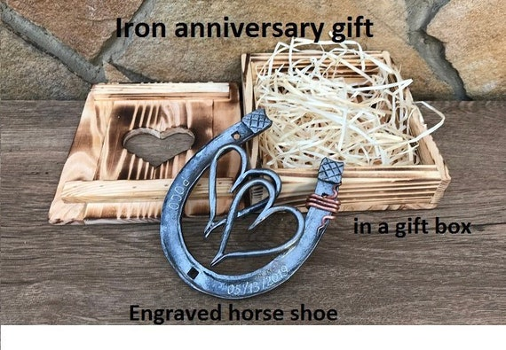 6th anniversary gift Traditional iron gift free standing engraving included HORSESHOE number 6