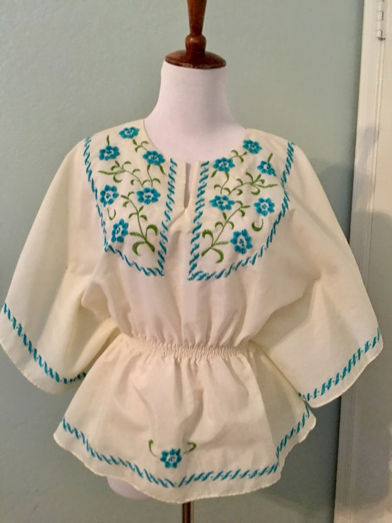 70's Embroidered Boho Blouse