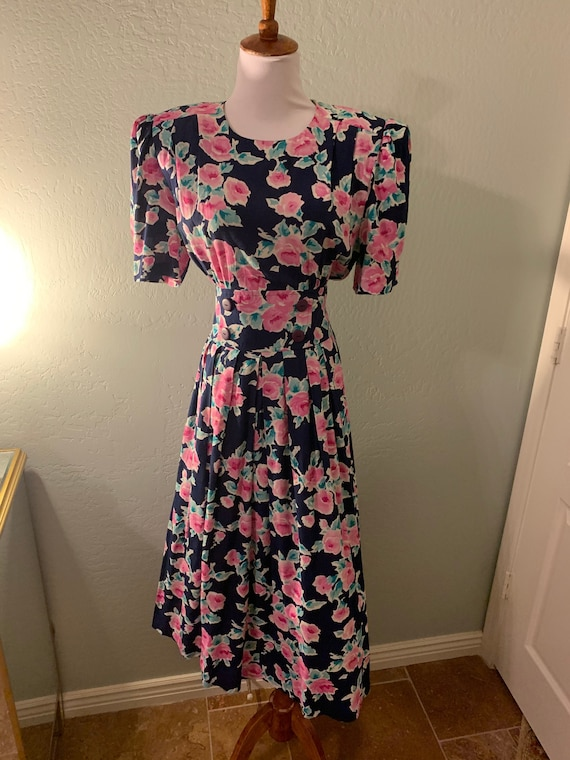 Vintage 80s Karim Stevens Puff sleeve Floral Dress