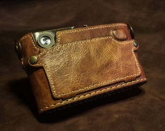Leica M9 / M8 Patagonean Flip Back Case