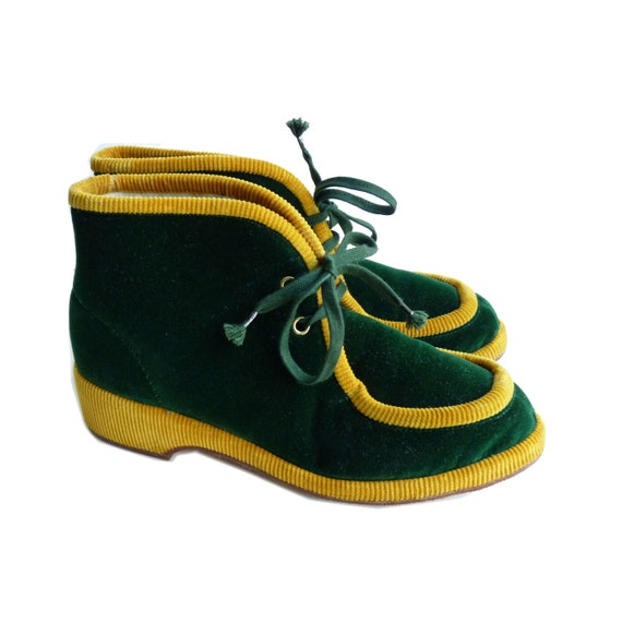 Slippers house shoes velvet pine green with yellow