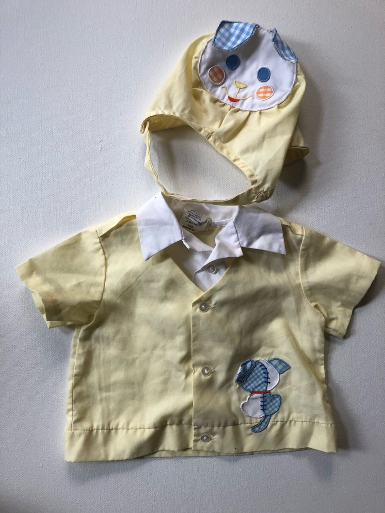 Vintage Yellow puppy dog button up with matching cap size 3-6 months.