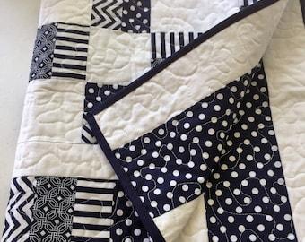 Baby quilt, play mat, modern quilt, nursery