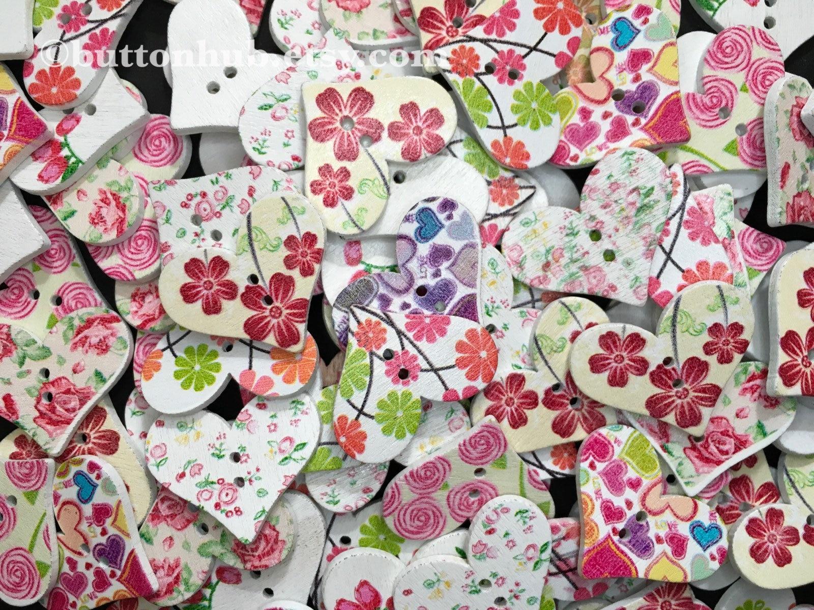 10 Purple /& Blue Daisy Butterfy Flower Wooden Sewing Buttons 30mm