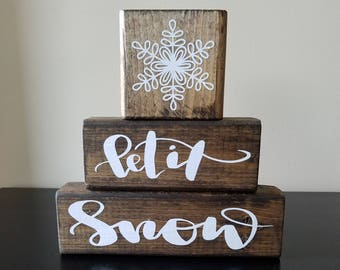 Let It Snow Sign ~ Christmas Sign ~ Winter Sign ~ Snowflakes ~ Rustic Winter ~ Rustic Snowflakes ~ Farm House Sign
