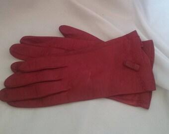 Antique/Vintage Leather/Original Sax Fifth Avenue Women Dress Gloves/Hepburn/Red Dress Accessories/Sixe 6 (Six)/Classy/Eco Friendly/Retro