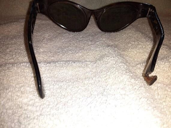 Retro Sunglasses - image 7