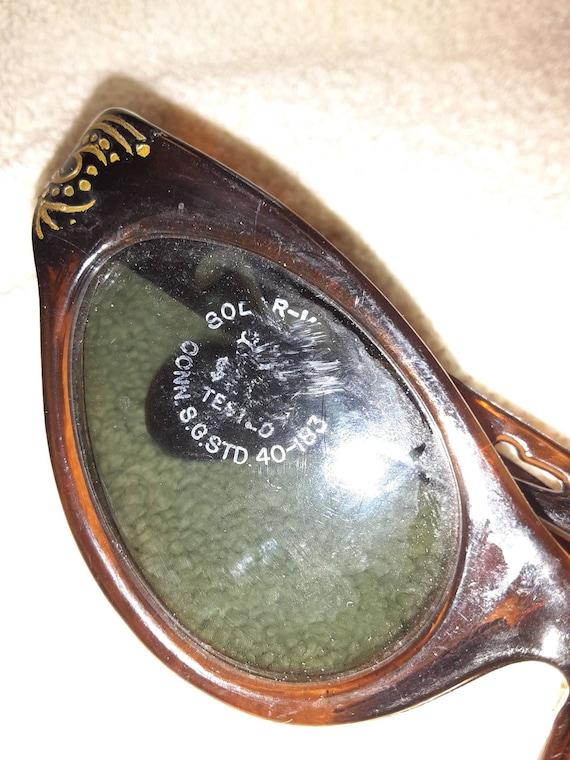 Retro Sunglasses - image 8