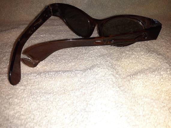 Retro Sunglasses - image 10