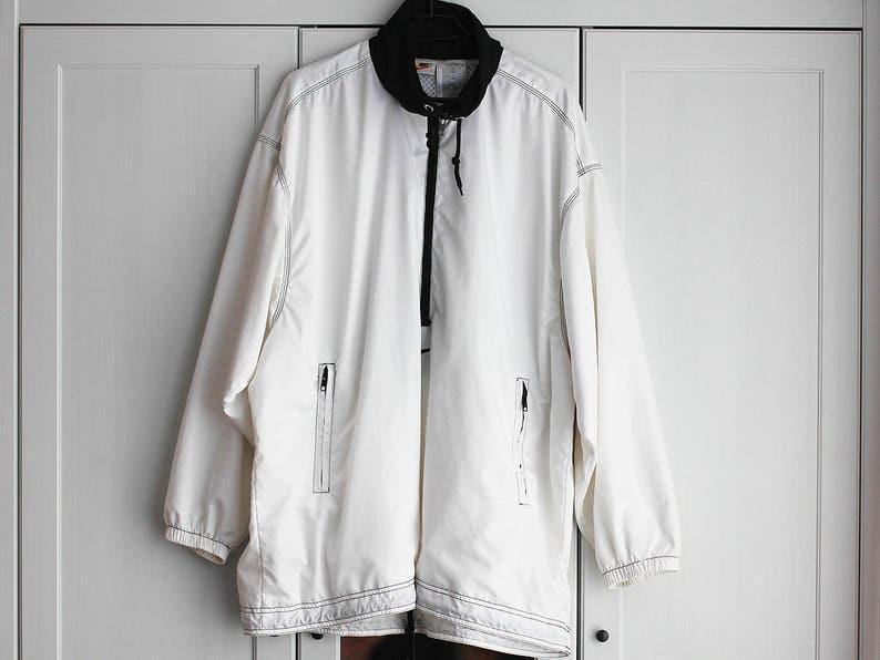 9786af363217d Vintage Nike Jacket Oldschool Men Women White Sports Loose Jacket Size  Extra Large