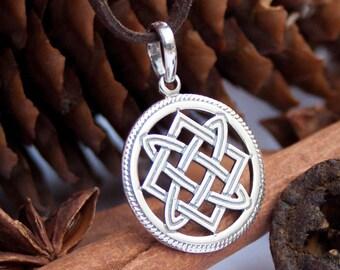 Elegant Jewel 925 Sterling Silver Celtic Knights Templar Cross Norse Runes Runic Charm Pendant