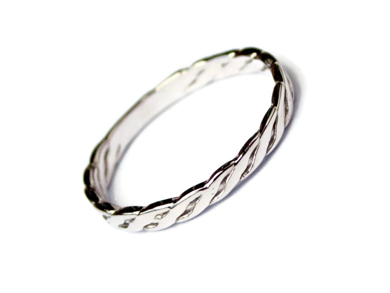 Purity ring Braided Ring Celtic silver ring Celtic Wedding Band Braid Ring Infinity Knot Ring Celtic Knot Ring Twist Ring Norse Promise ring