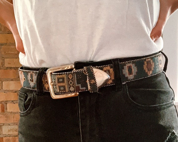 PATTERNED BELT