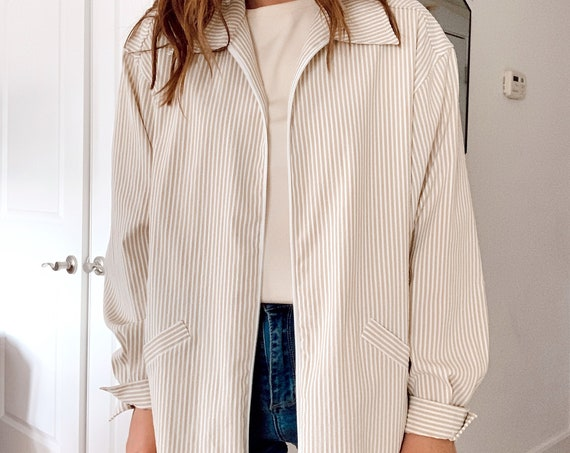 LIGHT STRIPED JACKET