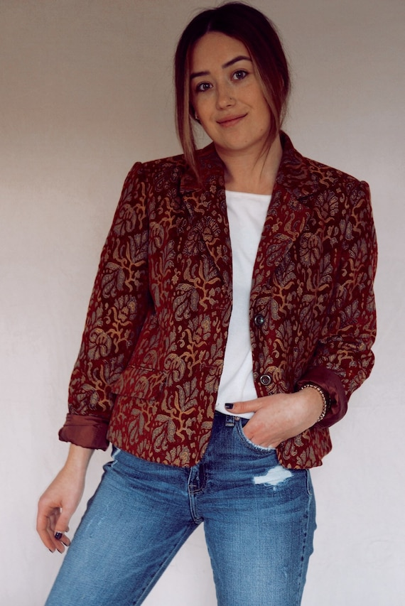 RED JACQUARD BLAZER