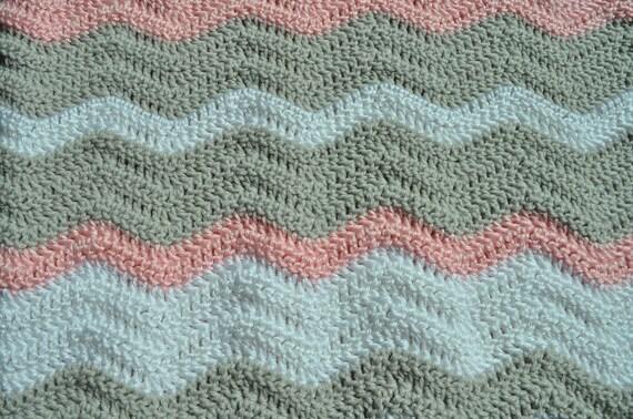 Rosa grau und weiß Ripple-Baby-Decke / Chevron Babydecke / | Etsy