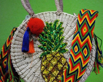 Pineapple/Heart straw bag with tassels