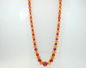 Art Deco Style GraduatedFaceted red and honey Baltic Amber (琥珀色) Beaded Necklace