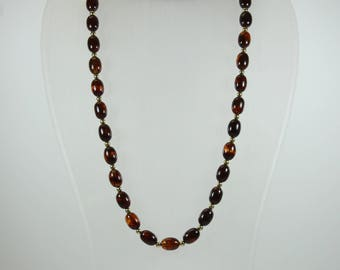 Art Deco Style (1920-1935) Glass and Lucite Beaded Necklace